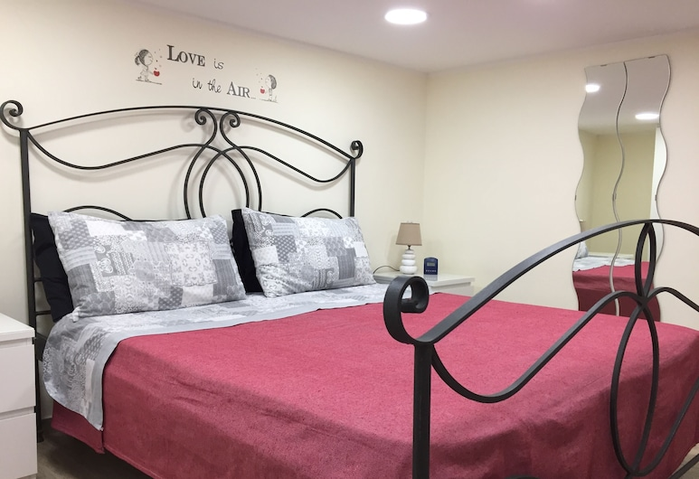 Nanà House, Naples, Apartment, 2 Bedrooms, Room