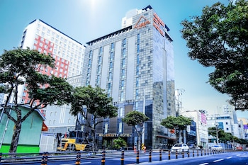 Enter your dates to get the Jeju hotel deal