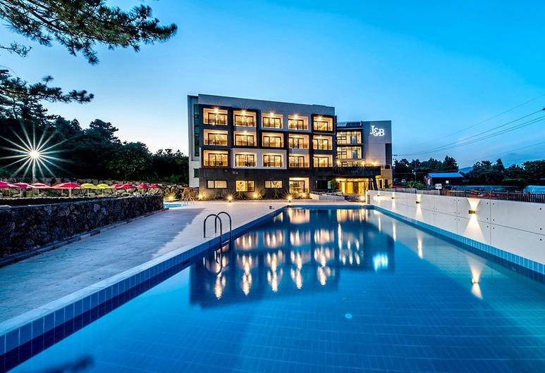 JnB 家庭飯店, 西歸浦, 室外游泳池