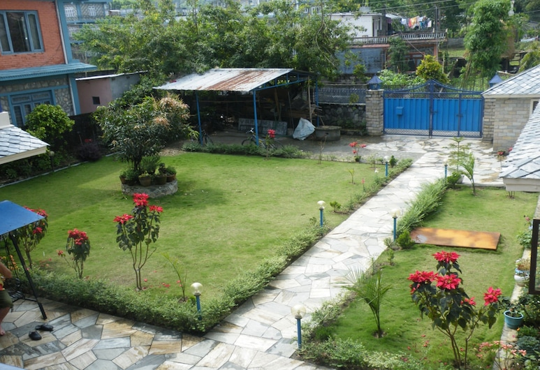 Hotel Kumari Inn, Kathmandu, Courtyard