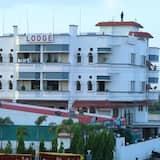 Dhanashree Hospitality - Bar,Restaurant & Lodging