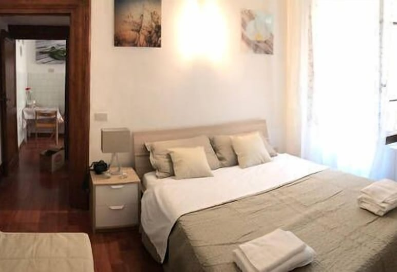 Ariana Luxury Guest House, Rome