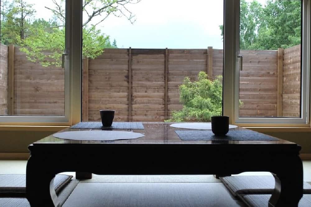 Stuga Premium (w/ Open-Air Bath,seasonal dinner+BF) - Vardagsrum
