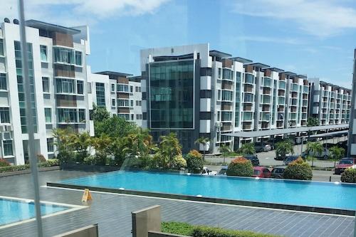 尼賽博公寓飯店/