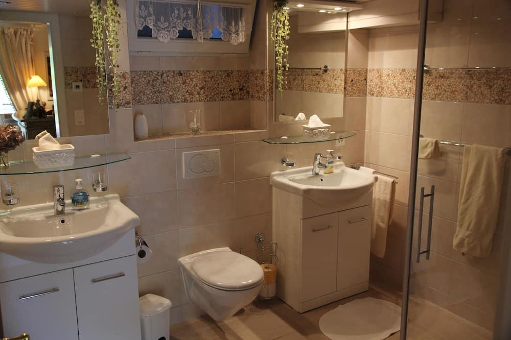Chambre Double Supérieure, salle de bains privée (Terrasse) - Salle de bain