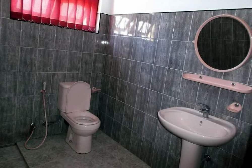 Štandardná dvojlôžková izba, 1 spálňa - Kúpeľňa