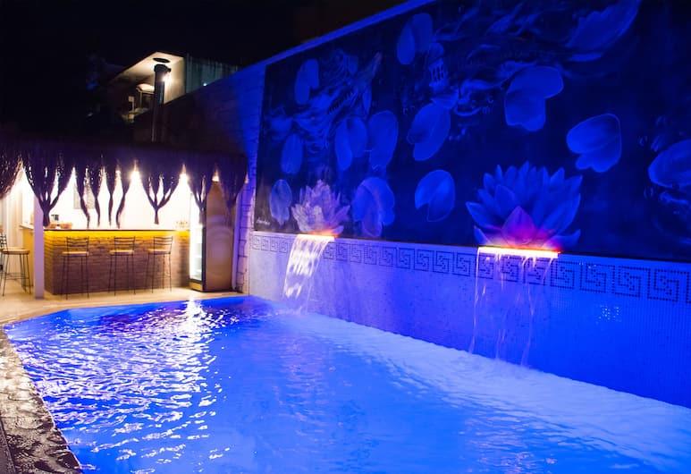 Provence Mansion Alacati, Cesme, Pool Waterfall
