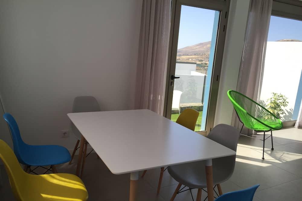 Casa familiare, 3 camere da letto, terrazzo - Pasti in camera