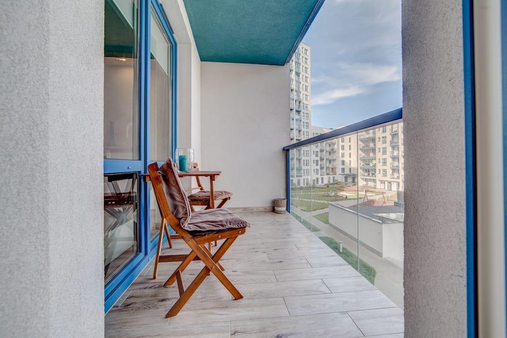 דירת קומפורט, חדר שינה אחד, נגישות לנכים, נוף לחצר - מרפסת