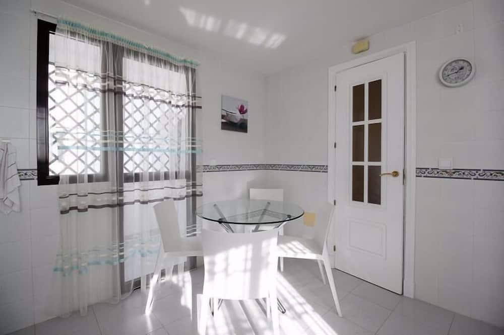 פנטהאוז, 2 חדרי שינה, 2 חדרי רחצה - אזור אוכל בחדר