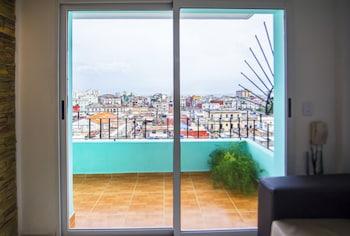 Hình ảnh Luxury Neptuno Apartment tại Havana