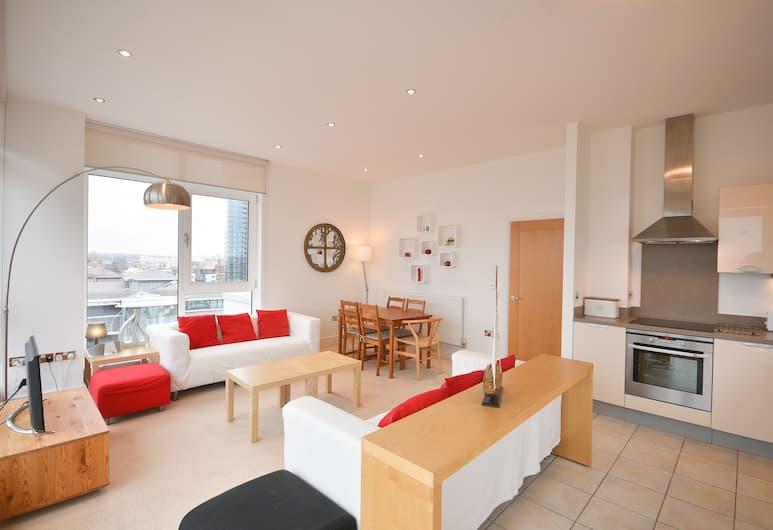 Town or Country - Splash Apartments, Southampton