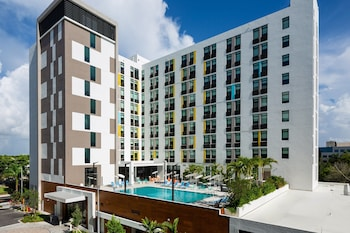 15 Closest Hotels to Ives Estates Park in Miami Gardens