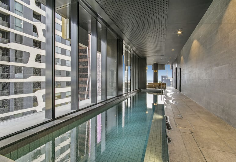 Serviced apartments Melbourne- Empire, Melbourne, Indoor Pool