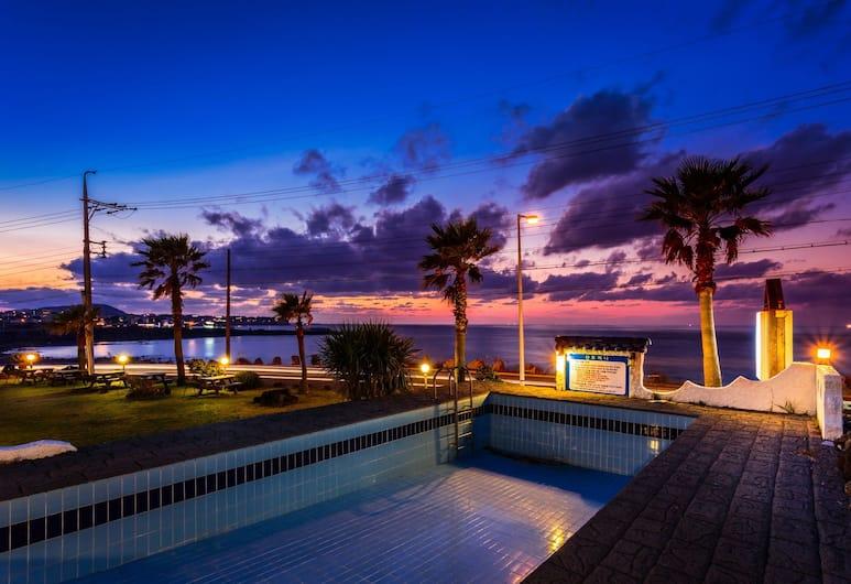 Santorini, Jeju City, Property Grounds