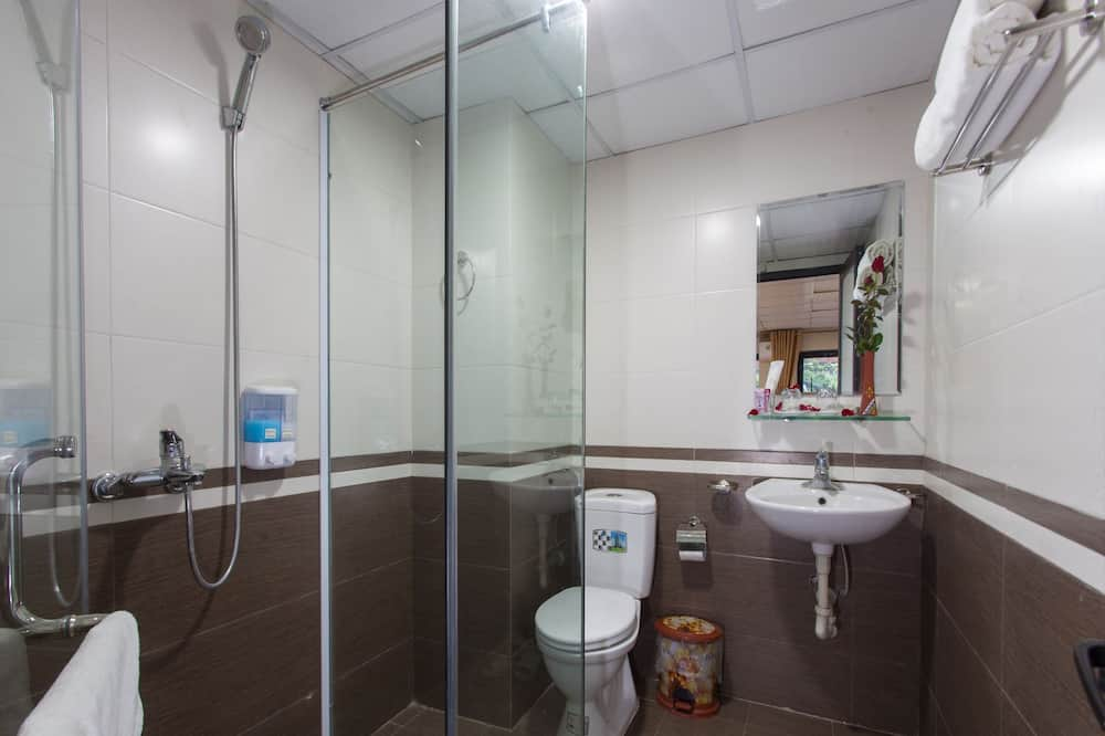 Deluxe Double or Twin Room, Mountain View - Bathroom
