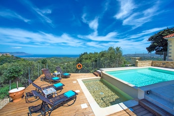 Picture of Cretan View Villa with Heated Swimming Pool in Apokoronas