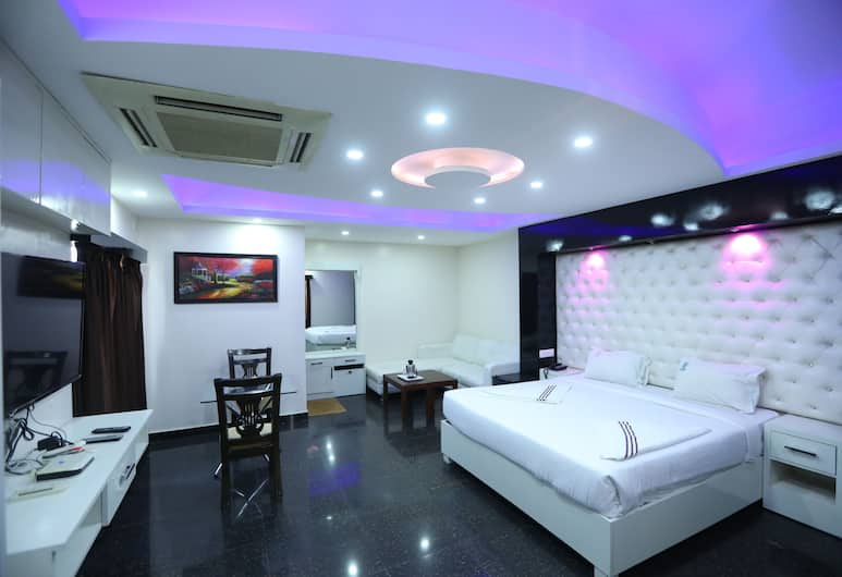Hotel RR International, Bengaluru, Royal Suite, Guest Room