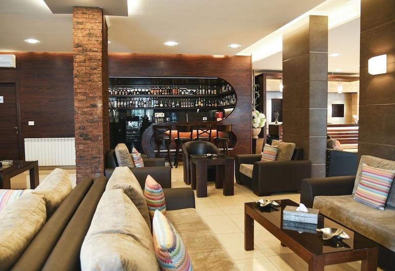 Serail Hotel & Lodging, Ehden, Lobby-Lounge