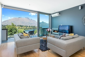 Picture Of Central Holiday Apartment Pounamu In Queenstown
