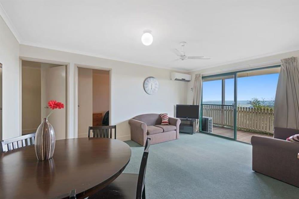 Tranquil Park Maleny Apartment 2 Bedrooms Guest Room