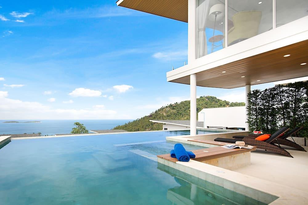 3 Bedroom Villa with Ocean View - Terasa / vidinis kiemas
