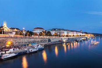 Enter your dates for special Prague last minute prices