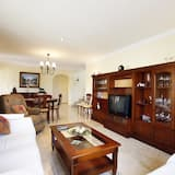 Villa, 4 Bedrooms, Mountain View - Living Room