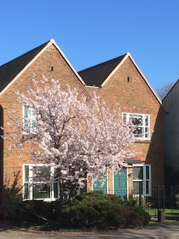 Picture of 3 Summertown Court in Oxford