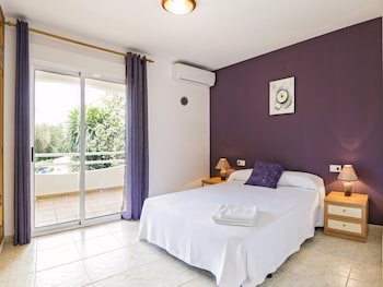 Picture of Apartamentos Esmeralda in Denia