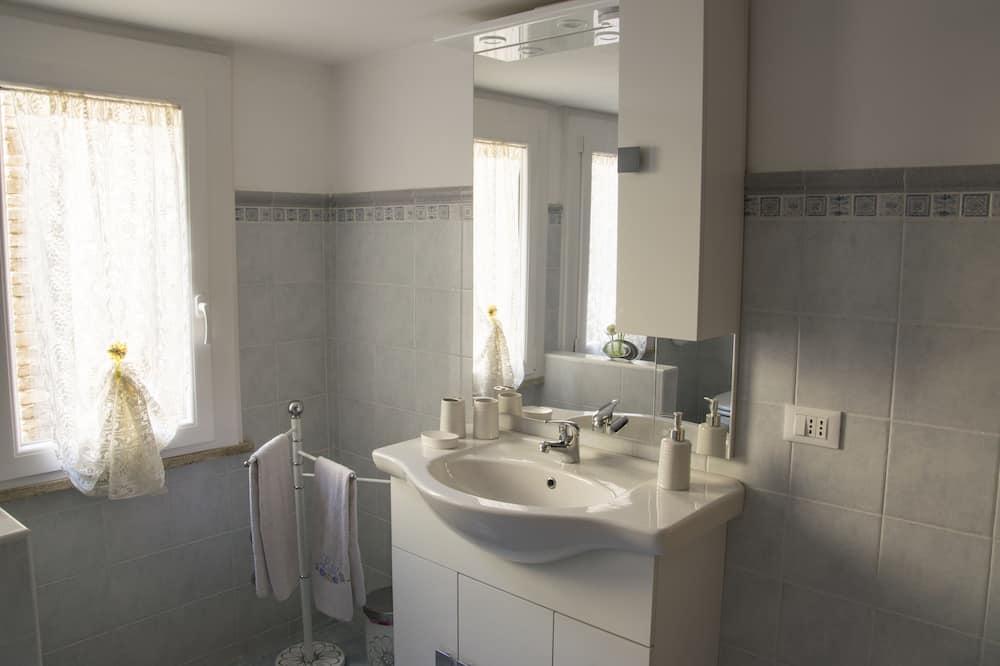 Chambre Tradition (White) - Salle de bain