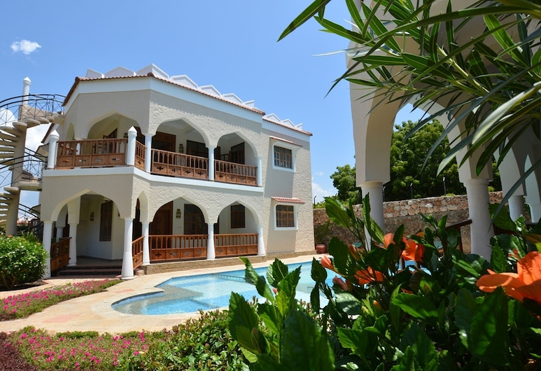 Diani Pearl Luxury Apartments, Diani Beach