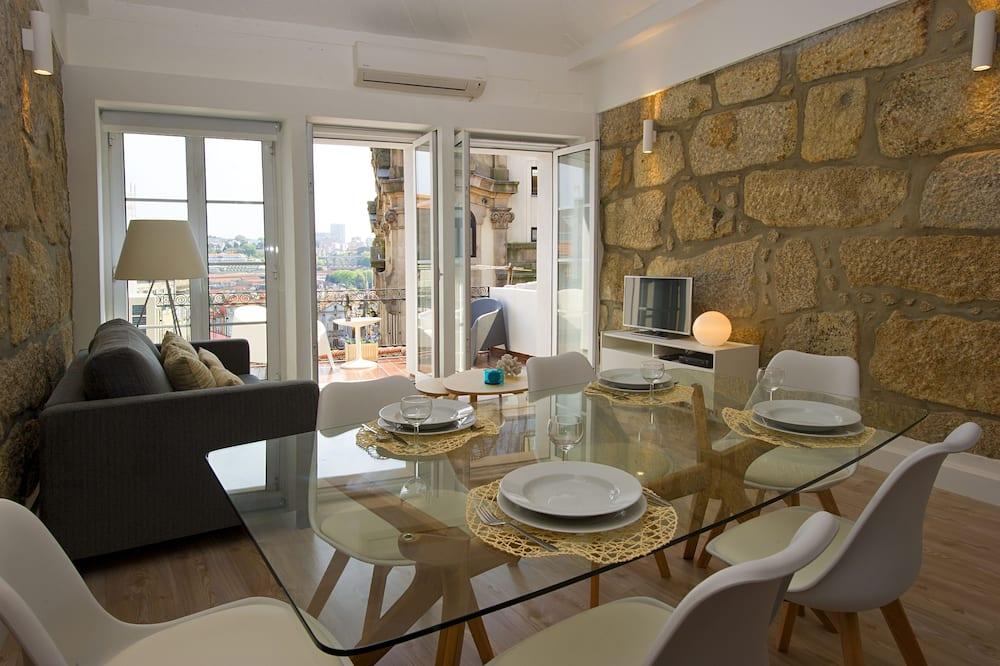 Apartman, 1 spavaća soba, terasa - Obroci u sobi