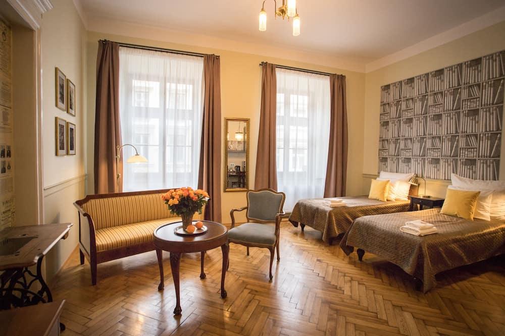 Standard Studio Suite, Kitchenette (C) - Ruang Tamu