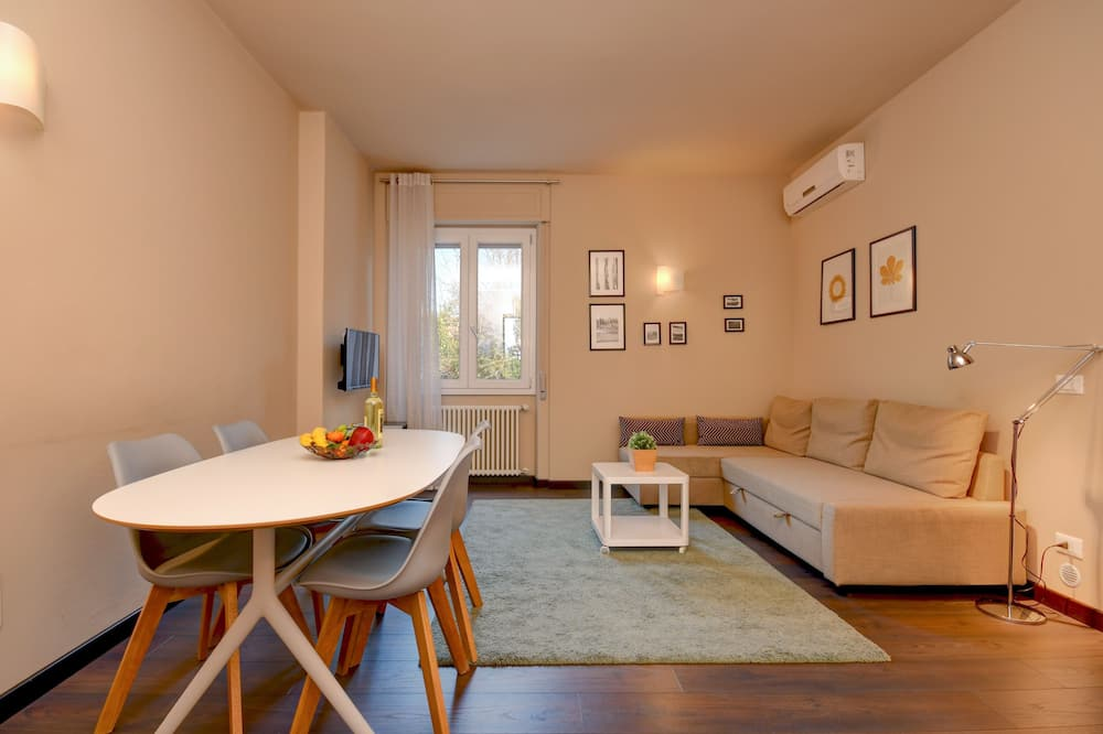 Deluxe Apartment, 2 Bedrooms, 2 Bathrooms, Garden View - Ruang Tamu