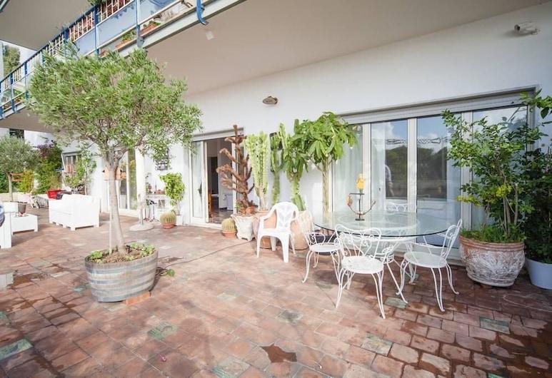 Villa Rocco Galdieri, Νάπολη, Βίλα, Αίθριο/βεράντα