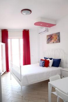 A(z) Garibaldi Apartments hotel fényképe itt: Nápoly
