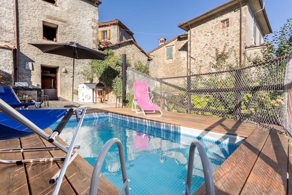 Casa Dei Ciliegi (Bagni di Lucca, Italy), Bagni di Lucca hotel ...