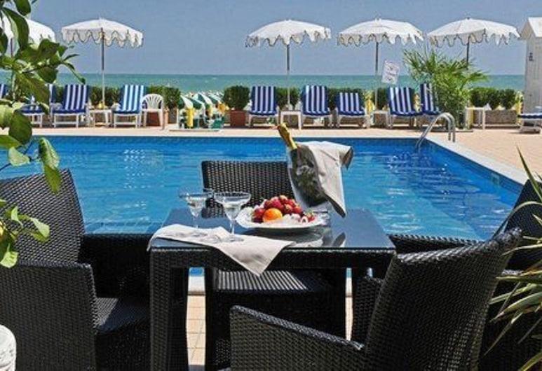 Hotel Plaza Esplanade, Jesolo, Bar a bordo piscina