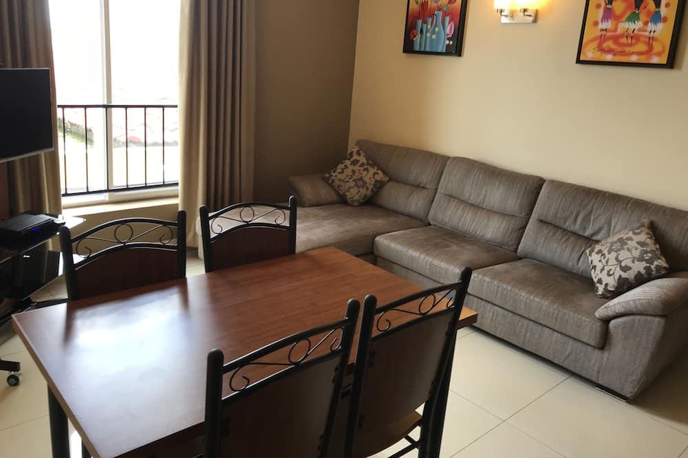 Departamento Confort, 2 habitaciones, vista a la ciudad, piso ejecutivo - Sala de estar