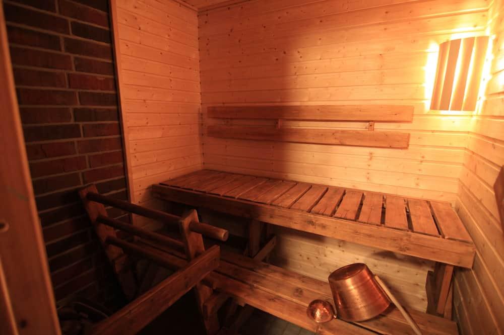 小屋, 三溫暖 - 浴室