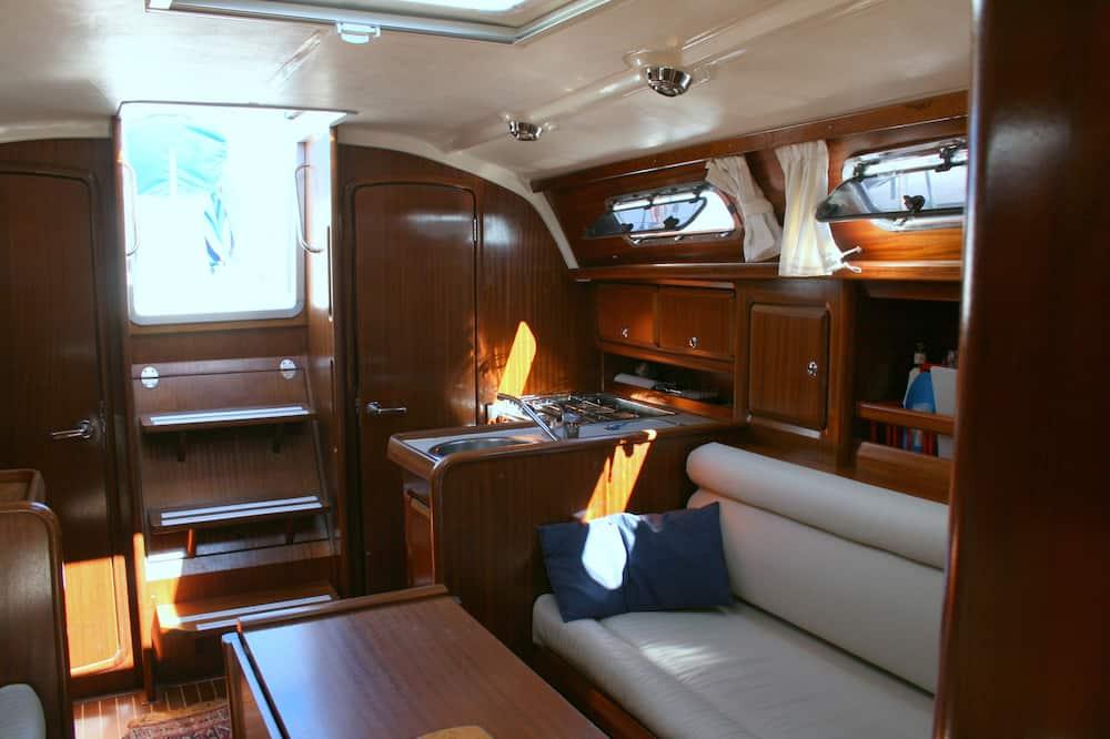 Cabin, 2 Bedrooms - In-Room Dining