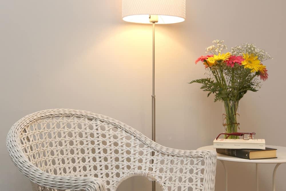 Deluxe Double Room, Balcony - Living Area