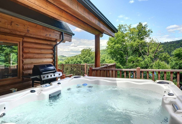 Chalet Bellevue, Saint-Faustin-Lac-Carre, Chalet, 5 kamar tidur, Bathtub Spa Luar Ruangan
