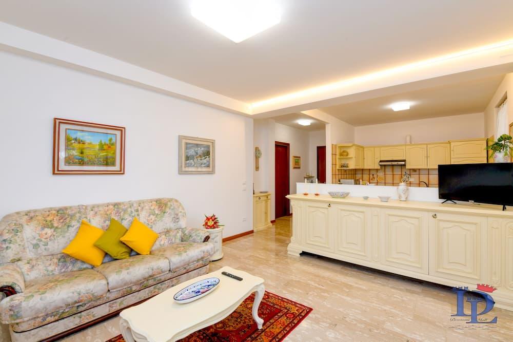 Familienapartment, 2Schlafzimmer, Gartenblick, Erdgeschoss - Wohnzimmer