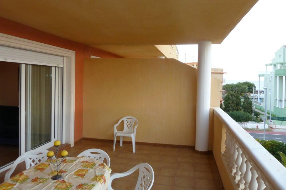 Basic Apartment, 2 Bedrooms - Balcony