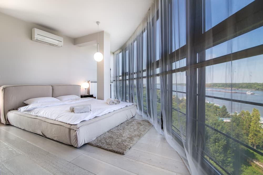คอมฟอร์ทอพาร์ทเมนท์, 2 ห้องนอน, วิวแม่น้ำ - ห้องพัก