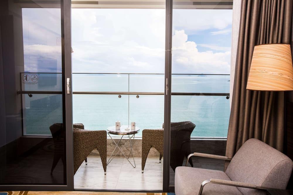 Premier Queen Room, Balcony, Ocean View  - Útsýni af svölum