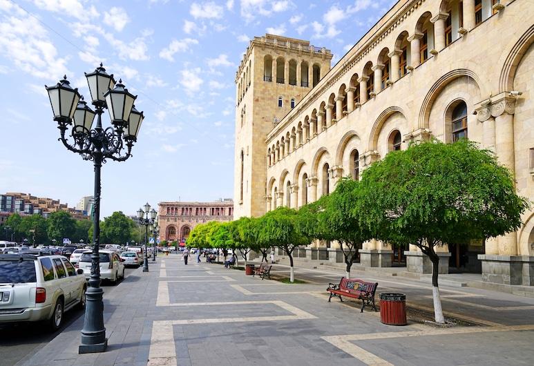 Friendship Hostel & Tours, Yerevan, Voorkant hotel