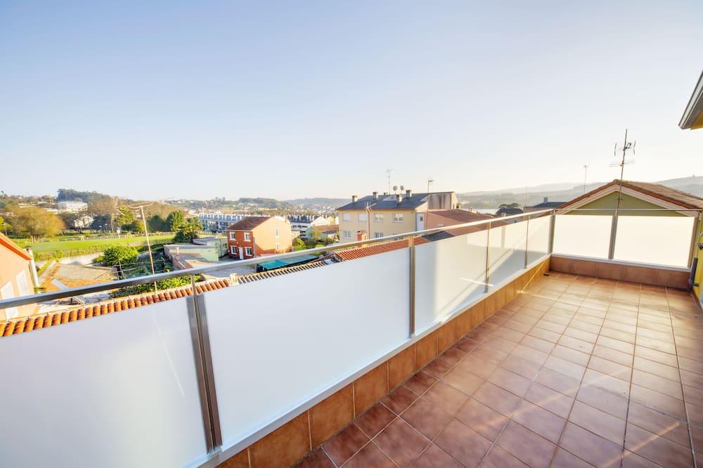 Apartment, 2 Bedrooms (2-B) - Balcony